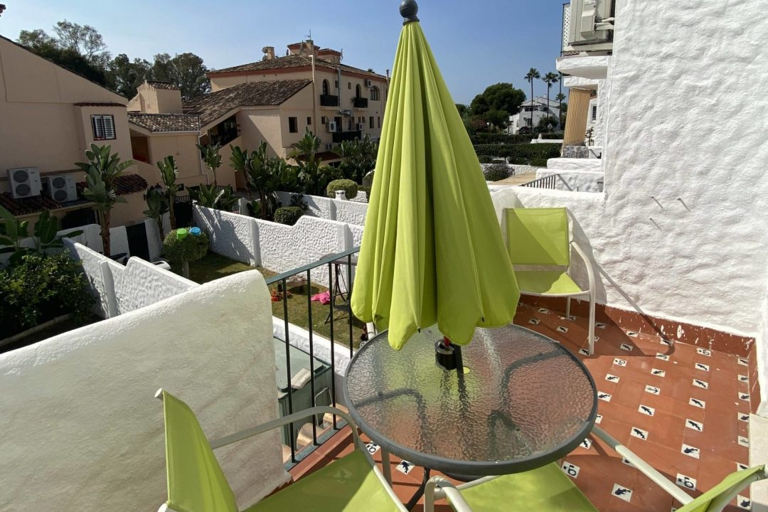 Outside terrace area at Apartment 7B Bena Vista, Benahavis